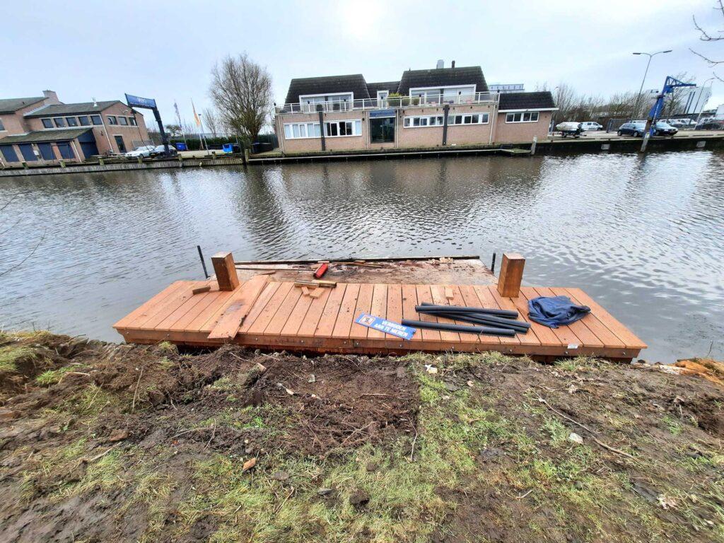 bouw steiger voor boot
